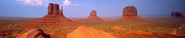 モニュメントバレー - ユタ・アリゾナ州境